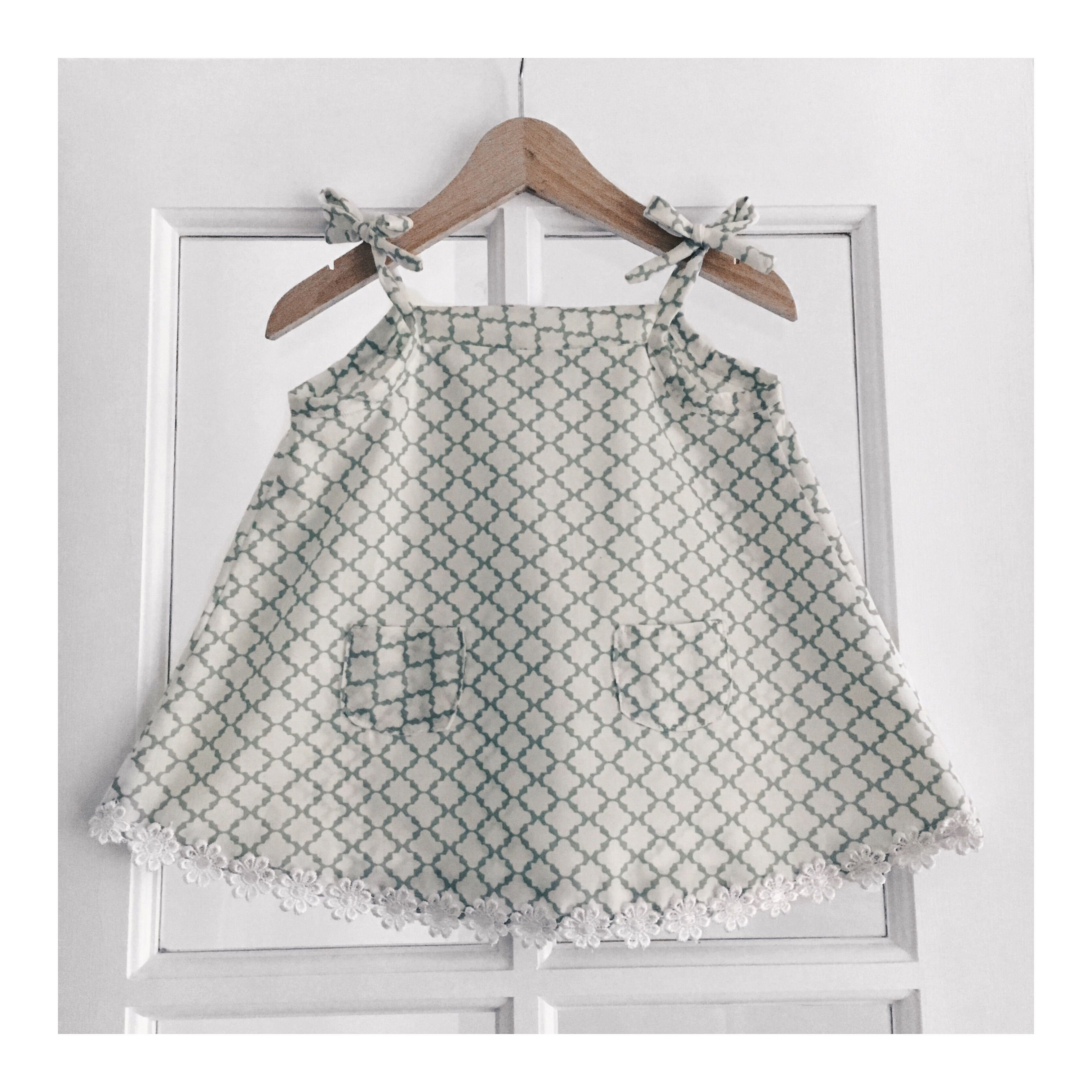 Handmade baby dress with matching knickers 9 12 month