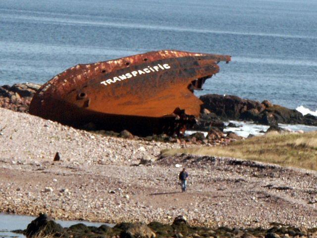 wreck号残骸 // Ile aux marines, SPM, ship wreck ◆圣皮埃尔和密克隆 - 维基百科 https://zh.wikipedia.org/zh-cn/%E5%9C%A3%E7%9A%AE%E5%9F%83%E5%B0%94%E5%92%8C%E5%AF%86%E5%85%8B%E9%9A%86 #Saint_Pierre_and_Miquelon