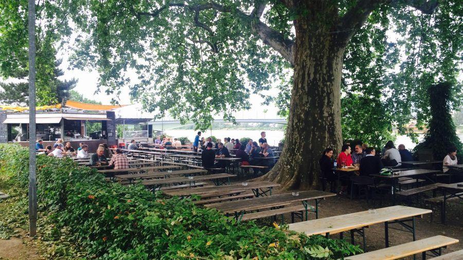 Biergarten Alter Zoll Biergarten Freiluft Garten
