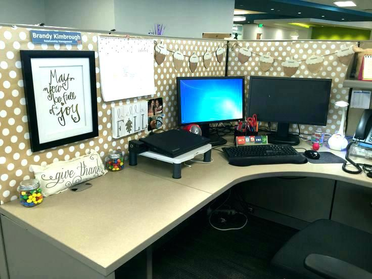 Decoration Ideas For Office Desk Work Cubicle Decorating Decor Cute