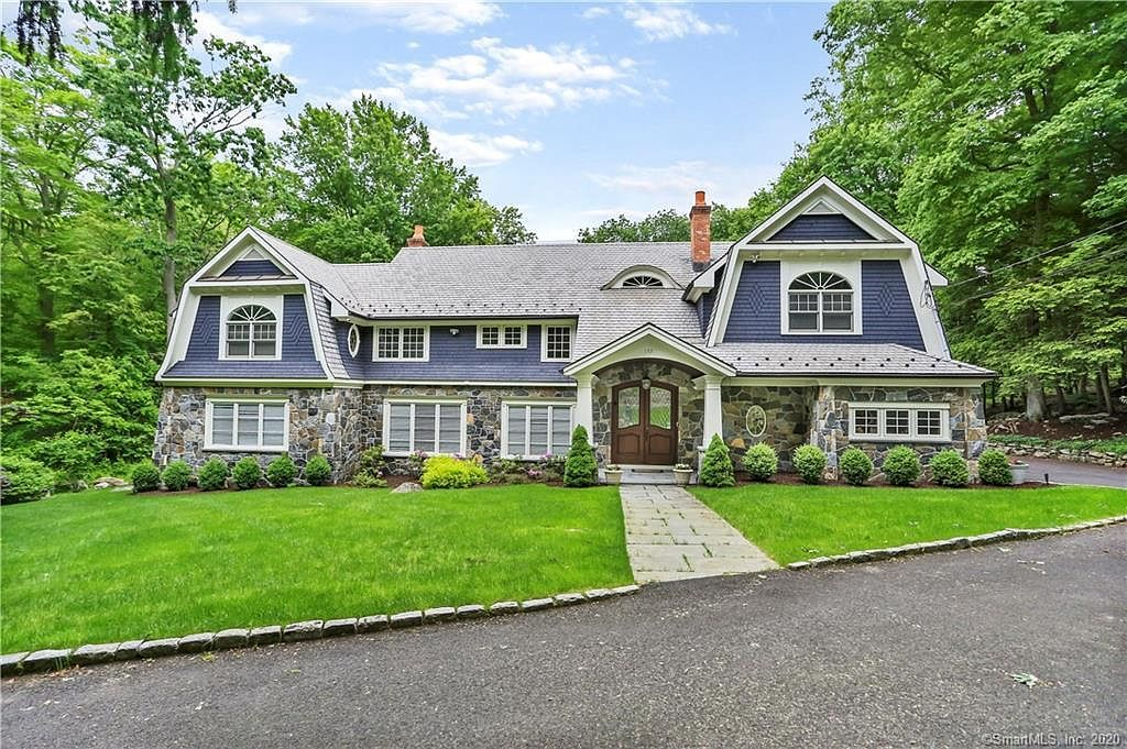 157 Harpsichord Tpke Stamford Ct 06903 Mls 170301421 In 2020 Elegant Homes Stone Fireplace Coffered Ceiling