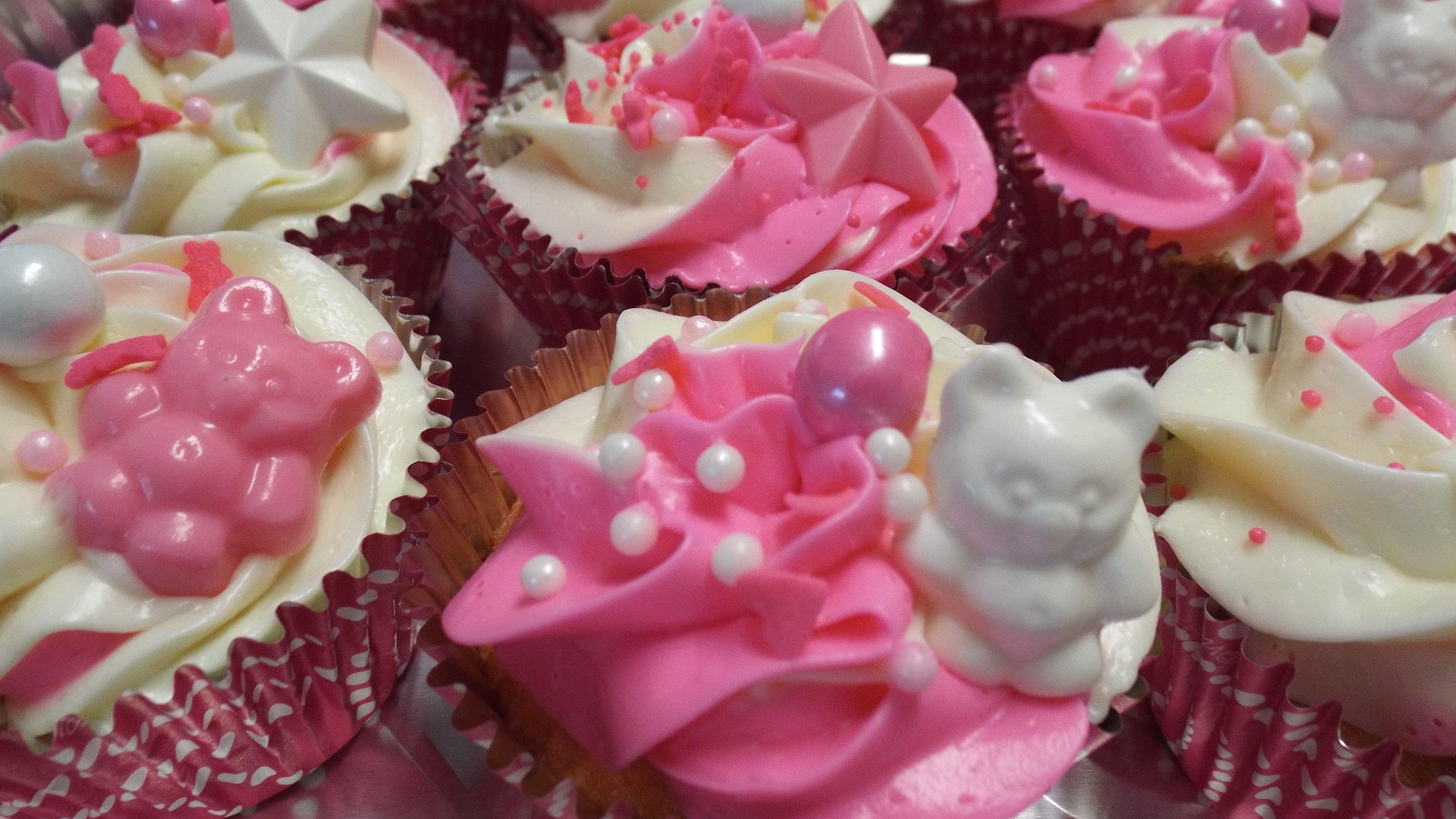 Um Grizzlies Pink Game Cupcakes Cupcakes Desserts Pink Games