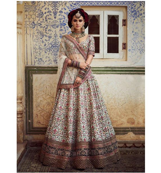 49397b8a95 Beautifully Hand Embroidered Lheenga .For This Lehenga MAIL Us At contact@ ladyselection.com