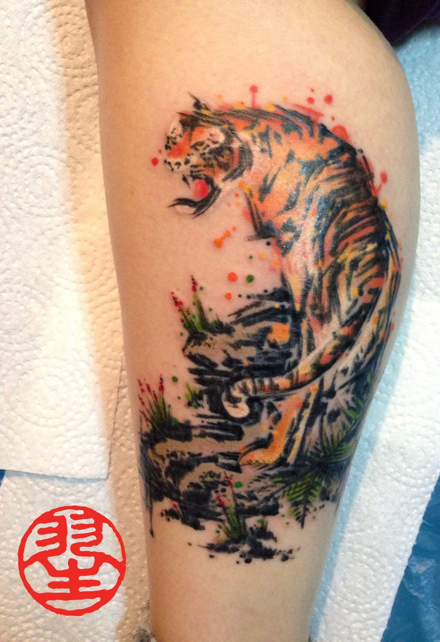 Watercolour Tattoo Tiger auf der Wade / Fuss Watercolor