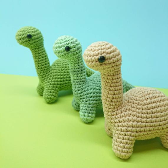 Amigurumi dinosaur crochet pattern - Amigurumi Today   570x570