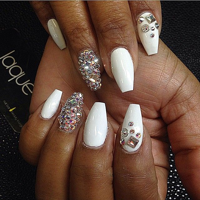 White coffin nails with bling | Unghie | Pinterest | Cosas