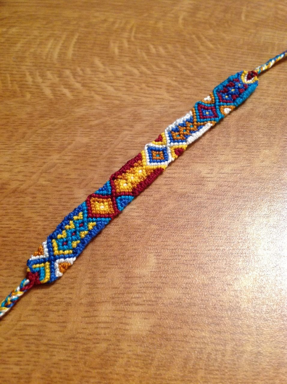 Diamonds friendship bracelet pattern number For more patterns