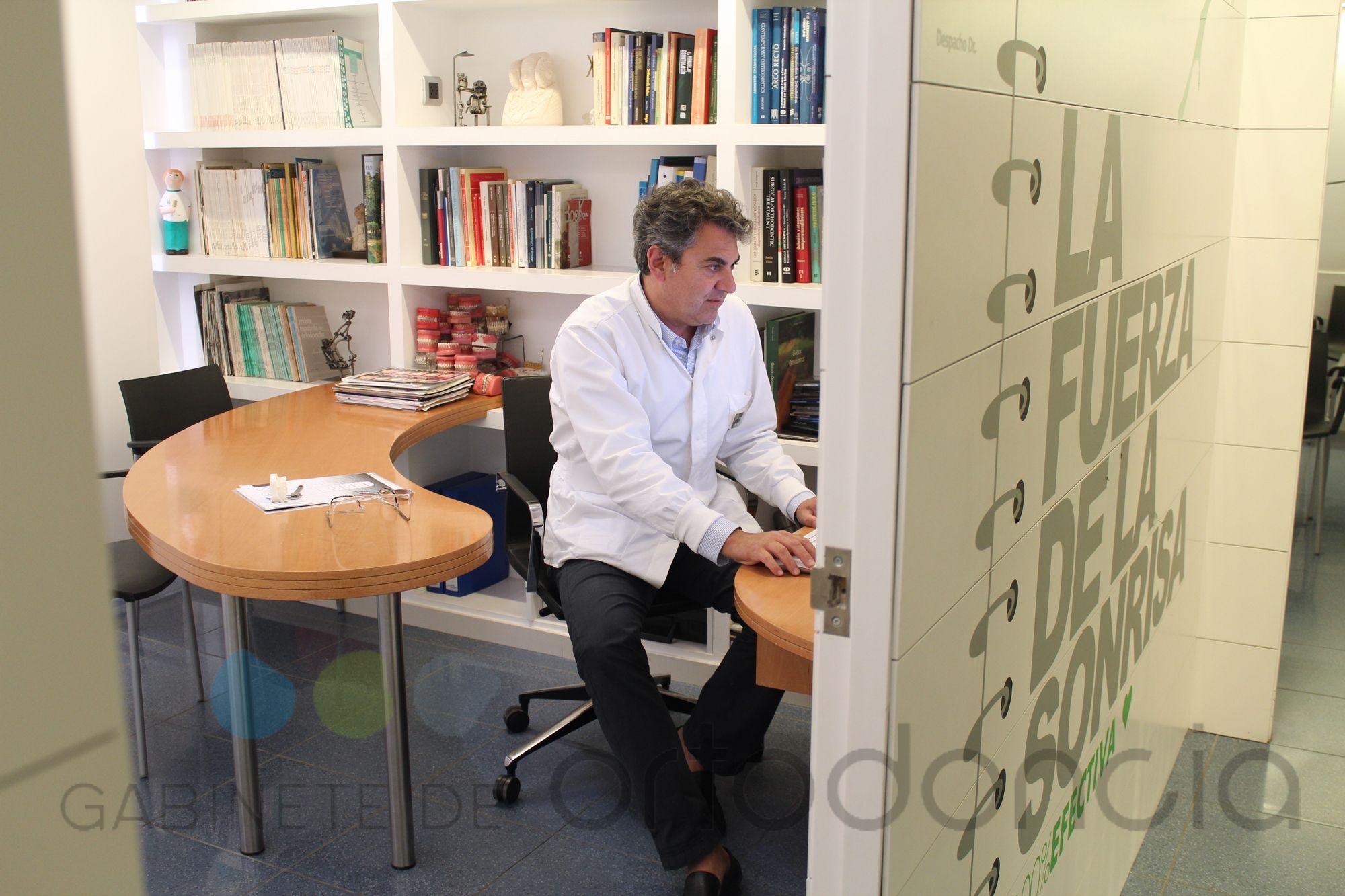 Despacho del Dr. Mariano Follana