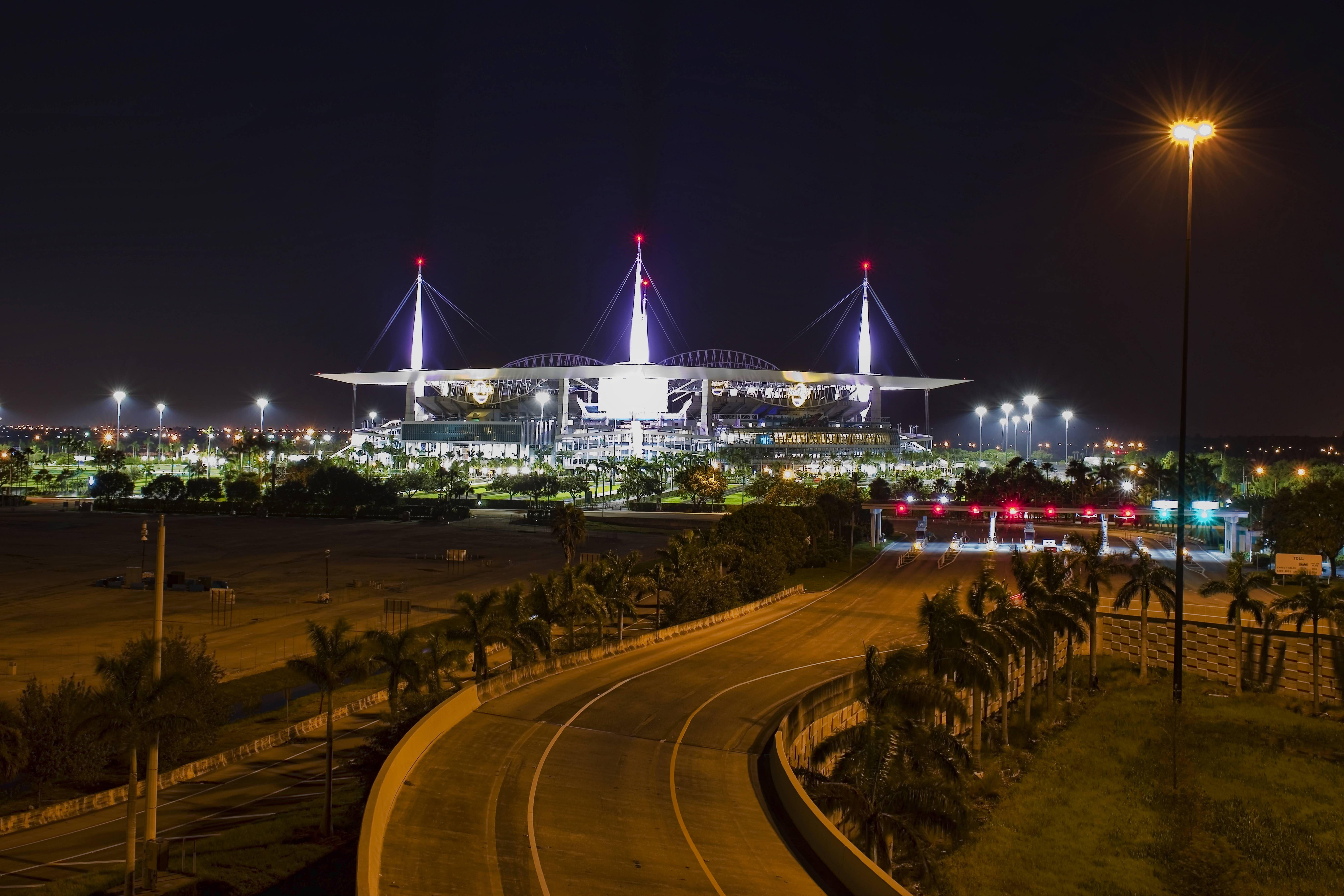 671a08ff7bba7a39cce0ba0ef34b0afc - Hard Rock Stadium 347 Don Shula Dr Miami Gardens