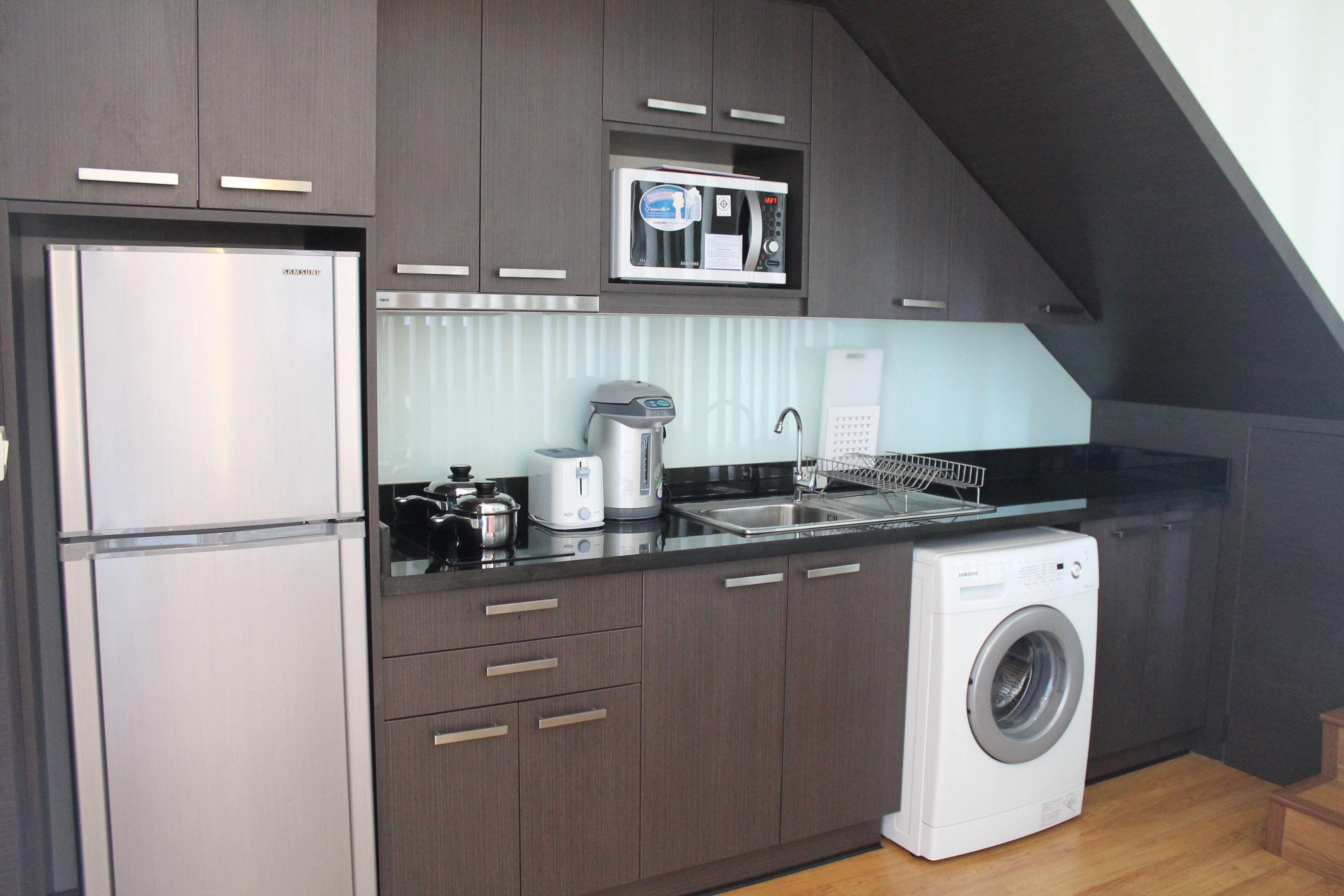 Small Kitchen For Narrow With Washing Machine Washing Machine In Kitchen Kitchen Interior Design Modern Kitchen Design