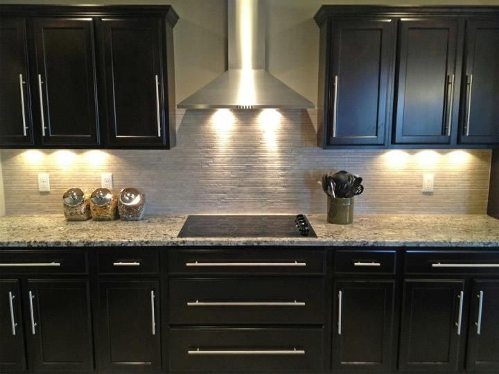 This Kitchen By Highland Homes Looks Super Love The Dark Mahogany Stain With The Granite And Stai Backsplash With Dark Cabinets Home Kitchens Kitchen Gallery