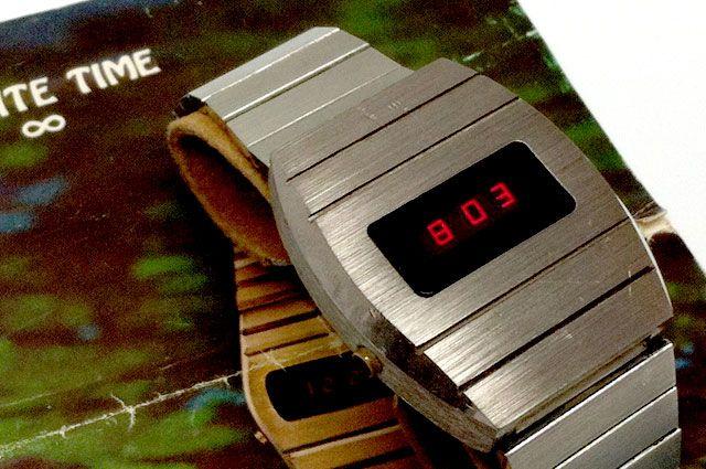 Quantum Hudson Harris LED vintage watch | Vintage watches