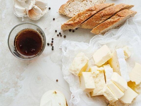 Käsebrot ist ein Rezept mit frischen Zutaten aus der Kategorie Zwiebelgemüse. Probieren Sie dieses und weitere Rezepte von EAT SMARTER!