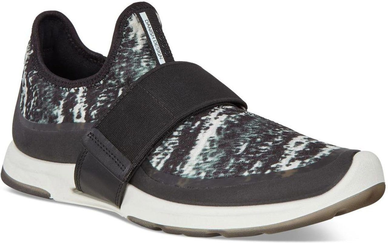 d2a568add7af98 The ECCO Women s BIOM Amrap Strap is a fashionable and function sneaker for  all-day wear!