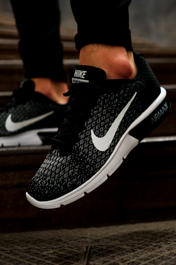Tênis masculino Nike Air Max Sequent 2 em 2020 | Tênis nike