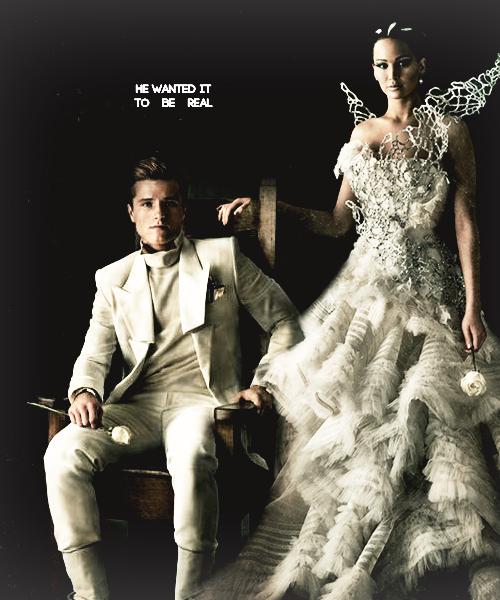 Peeta Katniss Catching Fire Portraits Books Hunger