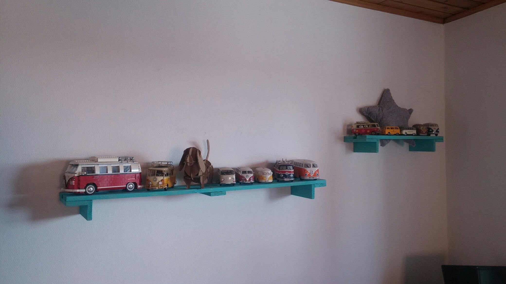 Pallet shelves vw t1