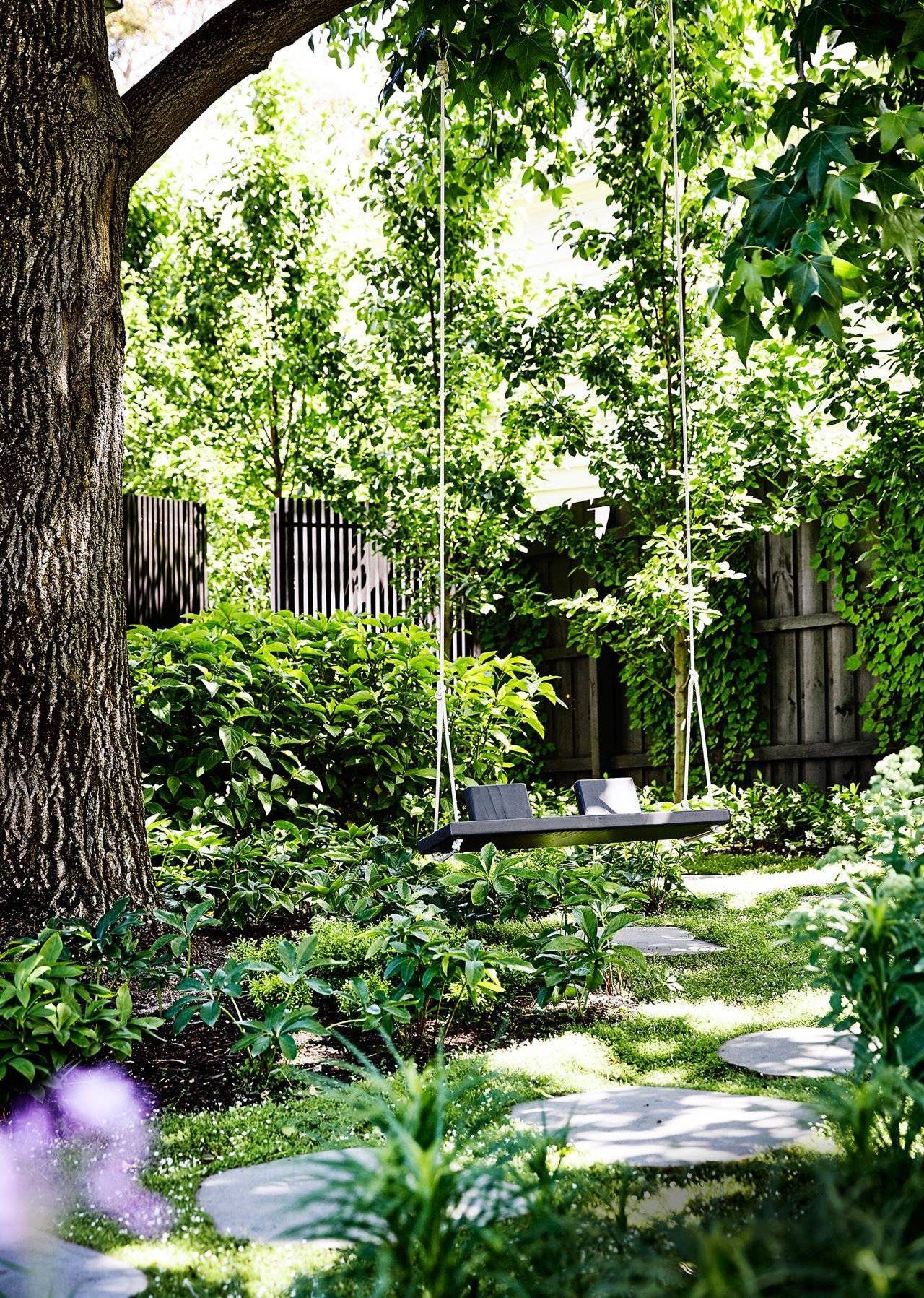 A Garden Of Contrasts That Works Harmoniously #garden