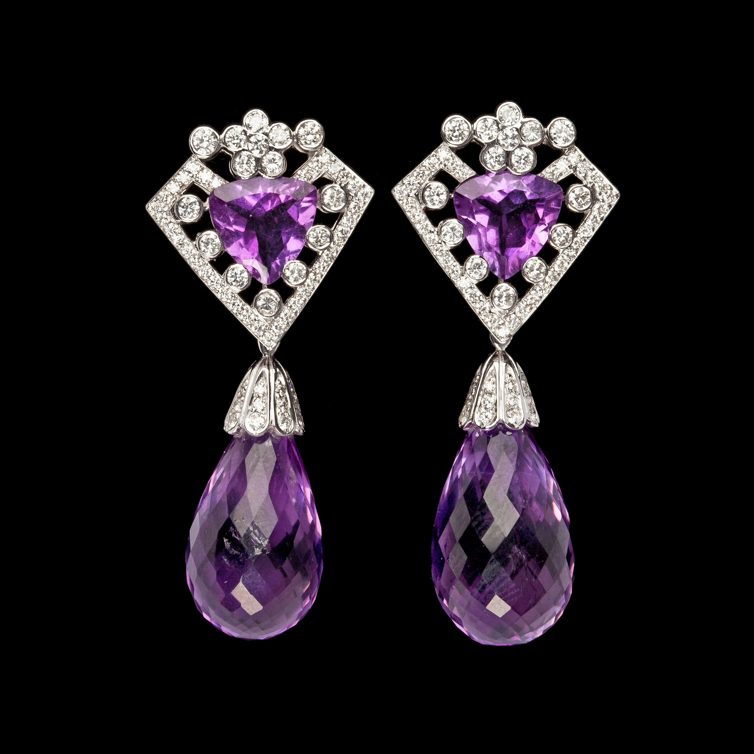 EARRINGS, BRILLIANT CUT DIAMONDS, 1.63 CTS, WITH HANGING BRIOLETTE CUT AMETHYSTS. 18k white gold. L. 4,5 cm.