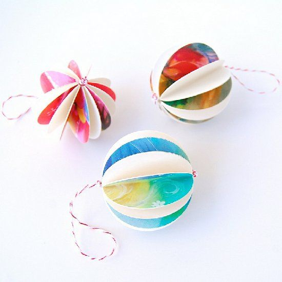 Simple-to-make ornaments to show off your Christmas card collection