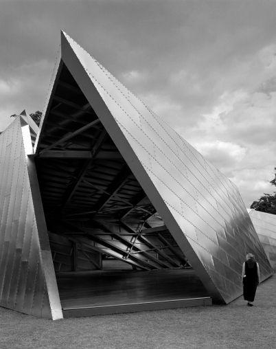 Daniel libeskind serpentine pavilion photograph by h l ne binet a r k i t e k t e r - Arquitectos de interiores famosos ...
