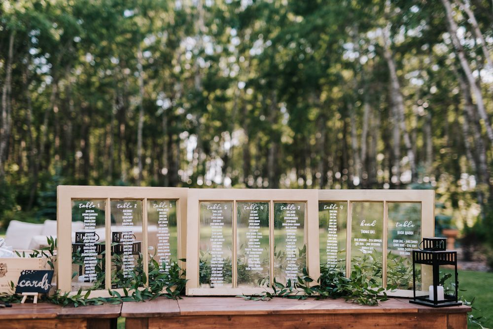 Window Frame Seating Chart - DIY wedding ideas Weddings