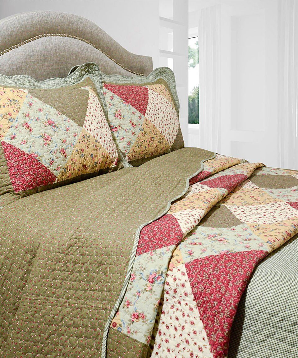take a look at this pegasus home fashions | green oakridge quilt