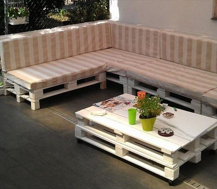 Couch Made Out Of Wood Pallets Diy Pallet Couch Diy Pallet Sofa Pallet Diy