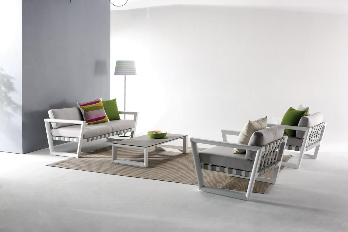 Etonnant Distributed By VIG Furniture. Www.vigfurniture.com