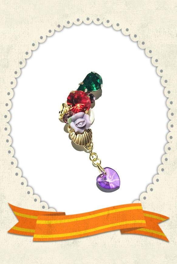 人魚姫アリエルイメージで作りました♡グリーンビジュー、シャムビジュー、マットゴールドの貝殻、スワロフスキーライトアメジスト、紫色のセラミックフラワーのお花、雫...|ハンドメイド、手作り、手仕事品の通販・販売・購入ならCreema。