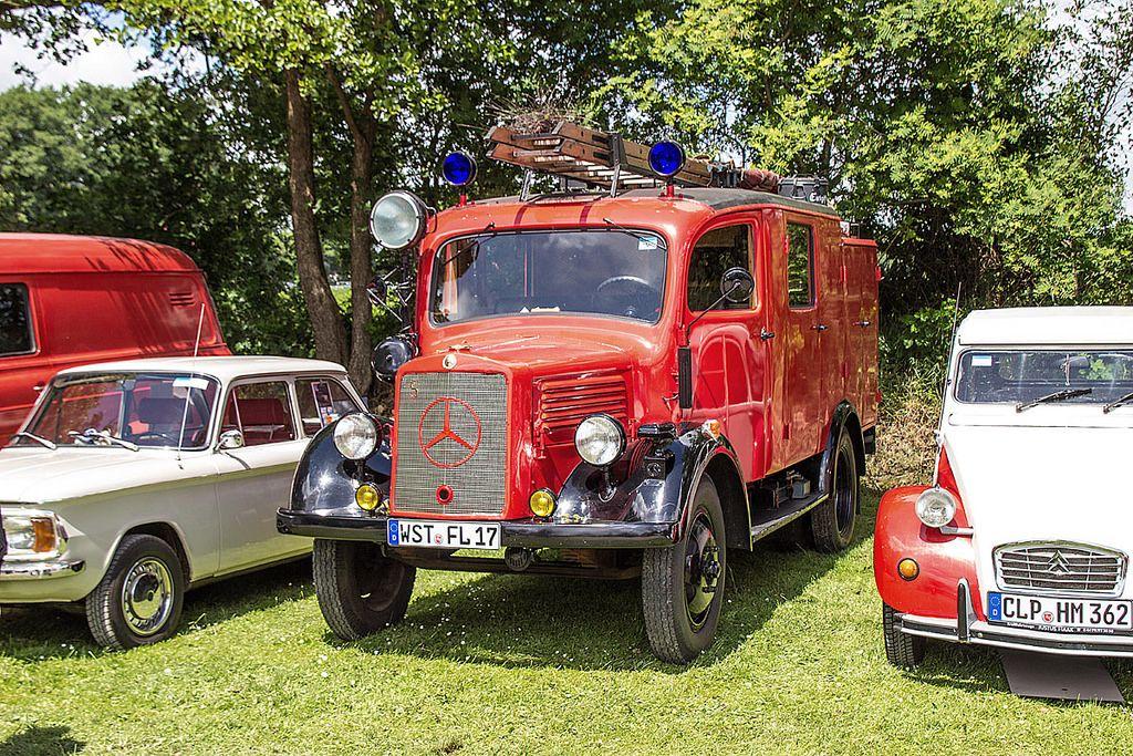 Alle Größen | Oldtimermarkt Bockhorn 2014 - Mercedes-Benz Feuerwehr | Flickr - Fotosharing!