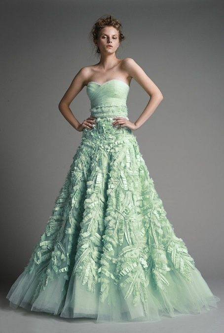 Brautkleider in Mint | 人物 | Pinterest | Mint, Brautkleider und ...