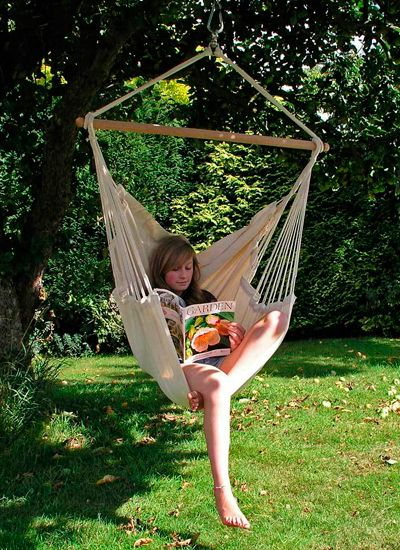 Recently I have been researching hanging chairs for a London garden design. Cassandra Crouch   Hanging Chair   Pro Landscaper   Pro Landscaper