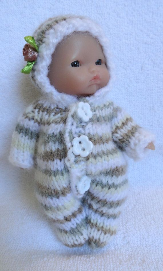 Hand Knitted Dolls Clothes for 6,5-7\