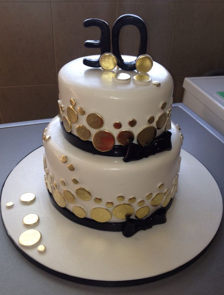 Black White And Gold 30th Birthday Cake Birthday Cakes For