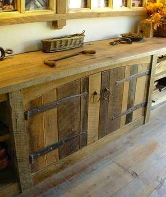 12 Cool DIY Reclaimed Wood Projects - Barn wood cabinets, Rustic kitchen cabinets, Rustic cabinets, Reclaimed wood furniture, Wood cabinets, Rustic kitchen - If you've always wanted to do some reclaimed wood projects, then this collection is for you  I can't get enough of these cool repurposed wood DIYs!