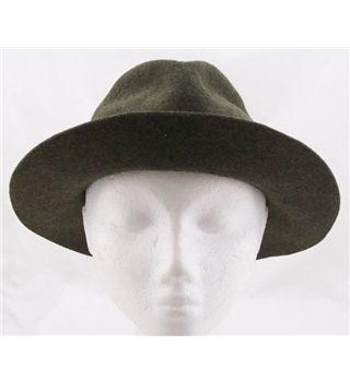 650b873abdab3 Amazing  vintage Herbert Johnson  fedora hat