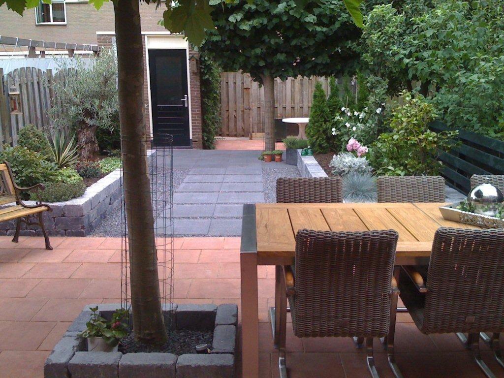 Voorbeeldtuinen modeltuinen zwanenburg ideas for for Voorbeeldtuinen kleine tuin
