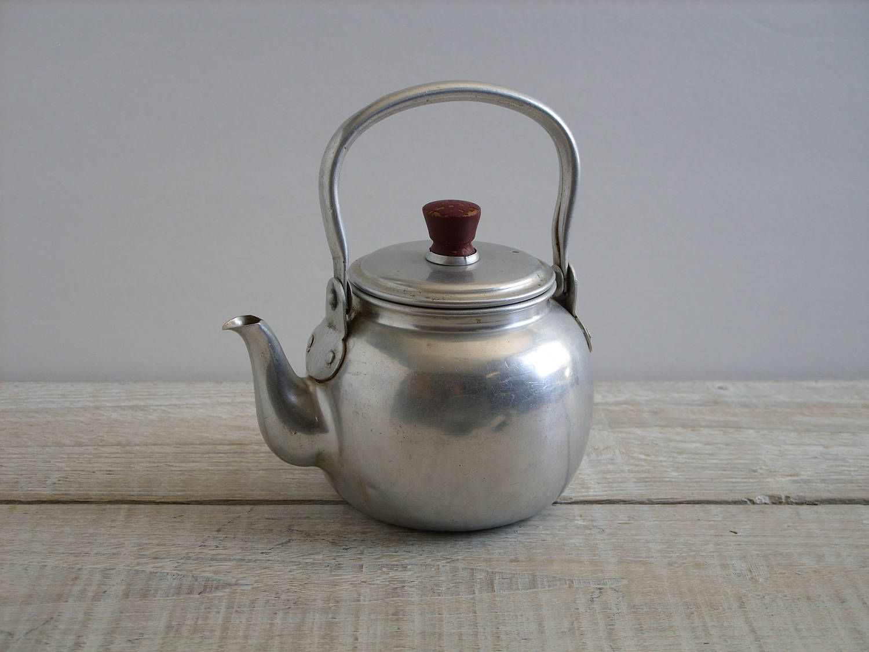 Cast iron kitchen trivet tea pot stand metal hot dish tray cookware - Vintage Small Aluminum Teapot Rustic Primitive Metal Kettle Farmhouse Kithchen Tea Pot Decor By