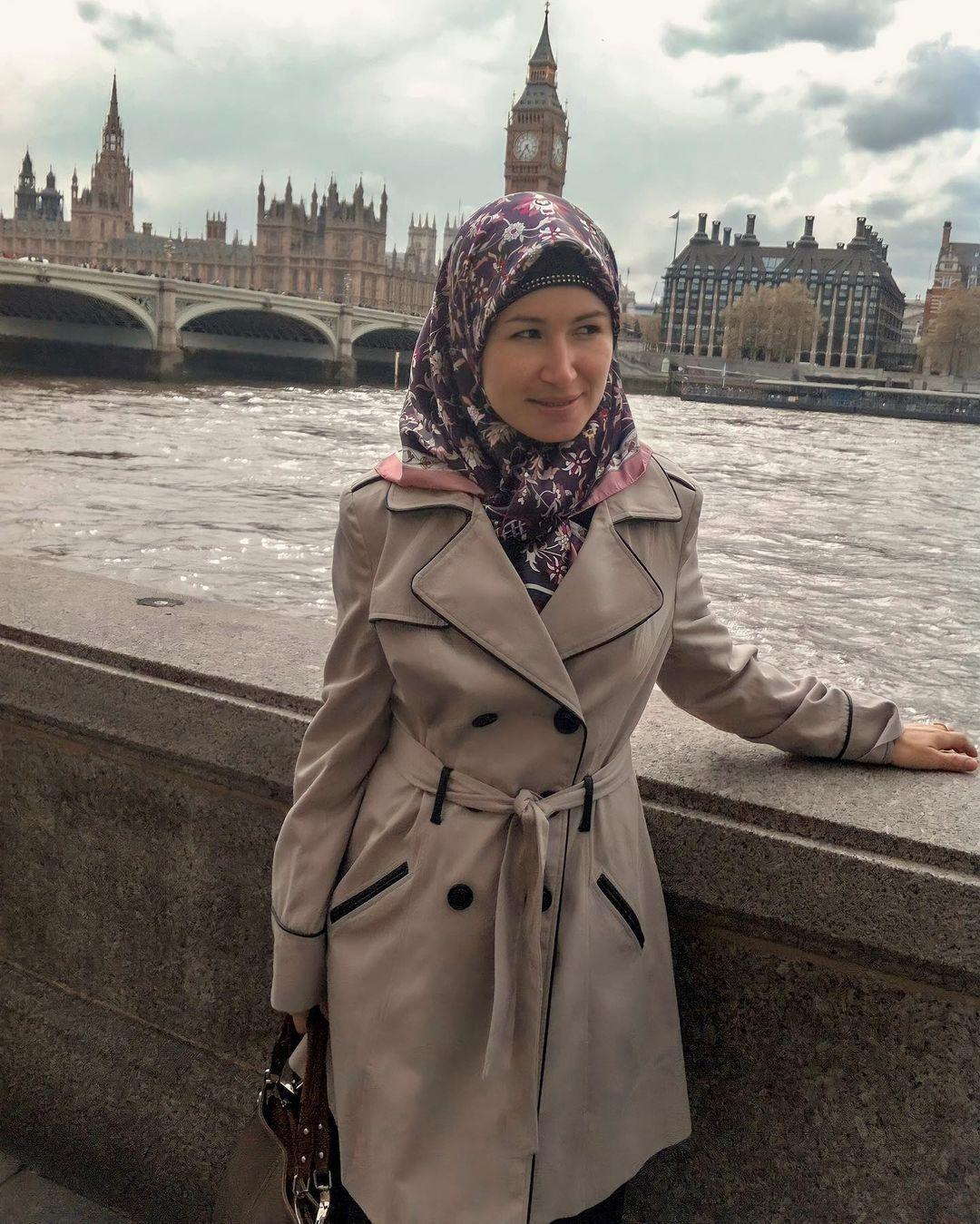 How I converted to Islam   Amirah Siddique   Brazilian Revert   Brazilian Muslim