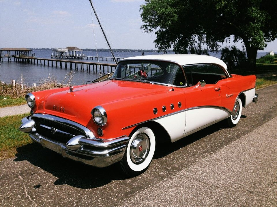 Do you like the huge cars from the 50s? Tons of chrome