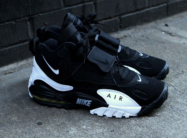 0cf000f259 Nike Air Max Speed Turf | Black / White - EU Kicks: Sneaker Magazine
