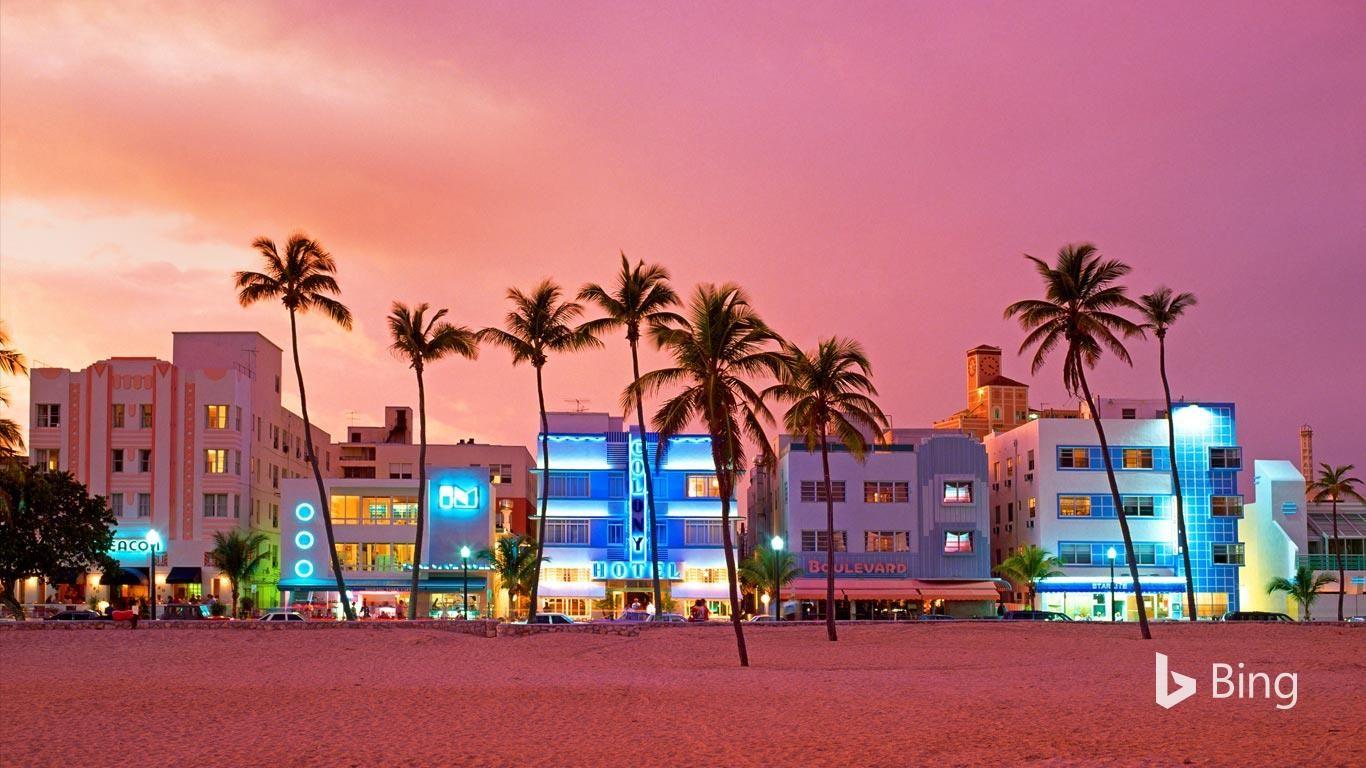 It S Art Deco Weekend In Miami Beach