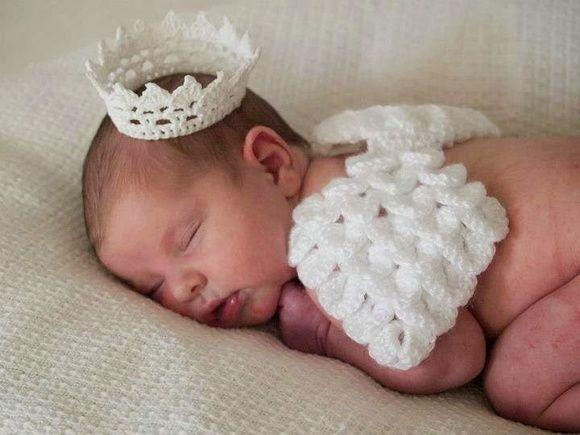 Asa de anjo e coroa para ensaio new born