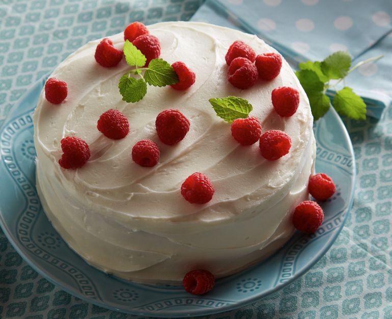 White Sour Cream Layered Cake Daisy Brand Sour Cream Cottage Cheese Recipe Daisy Sour Cream Sour Cream Cake