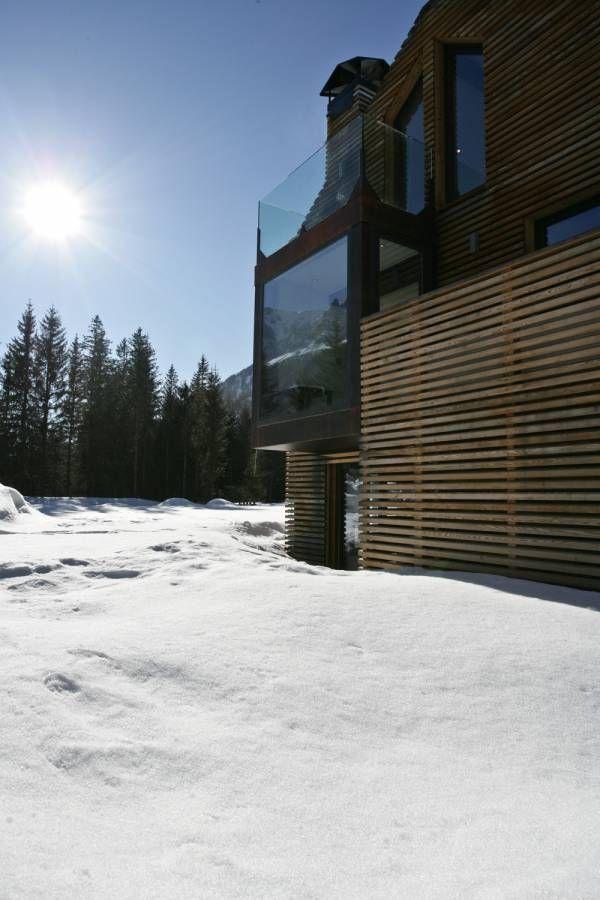 Une vieille remise en bois transformée en maison d'architecte
