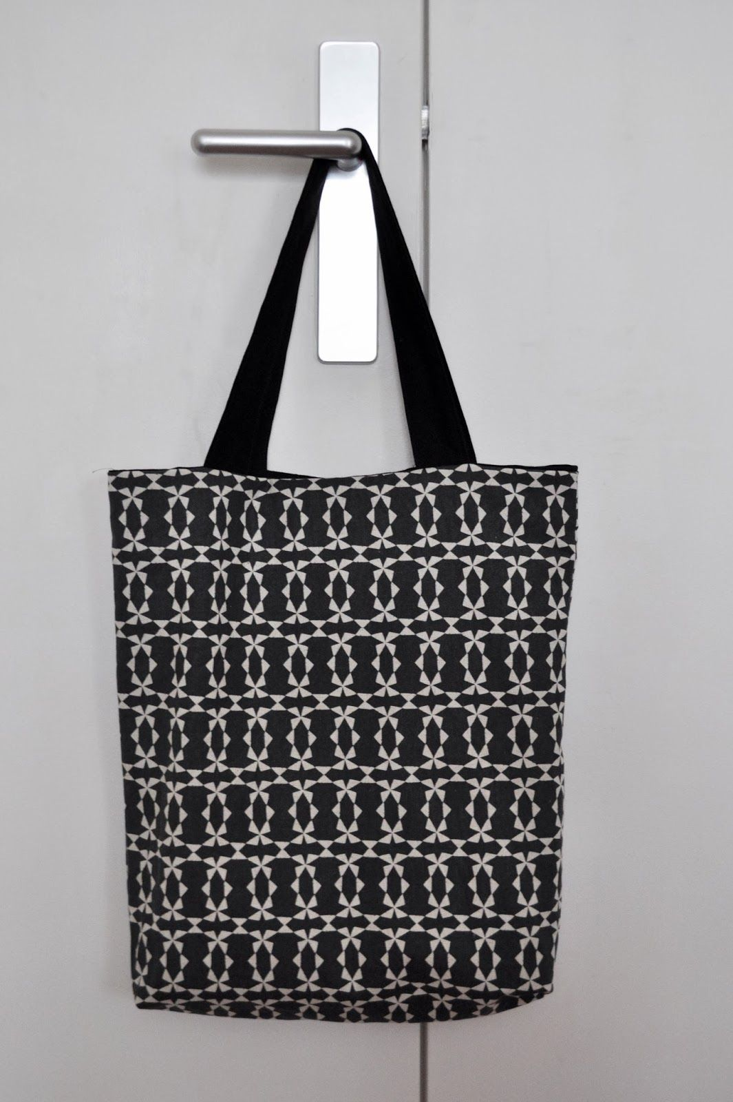 tuto tote bag r versible couture pinterest patron de. Black Bedroom Furniture Sets. Home Design Ideas