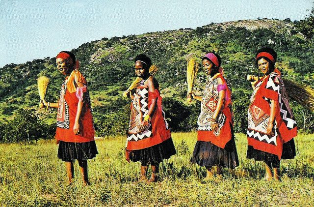 Swaziland traditional dress married women beautiful tradition swaziland traditional dress married women thecheapjerseys Image collections