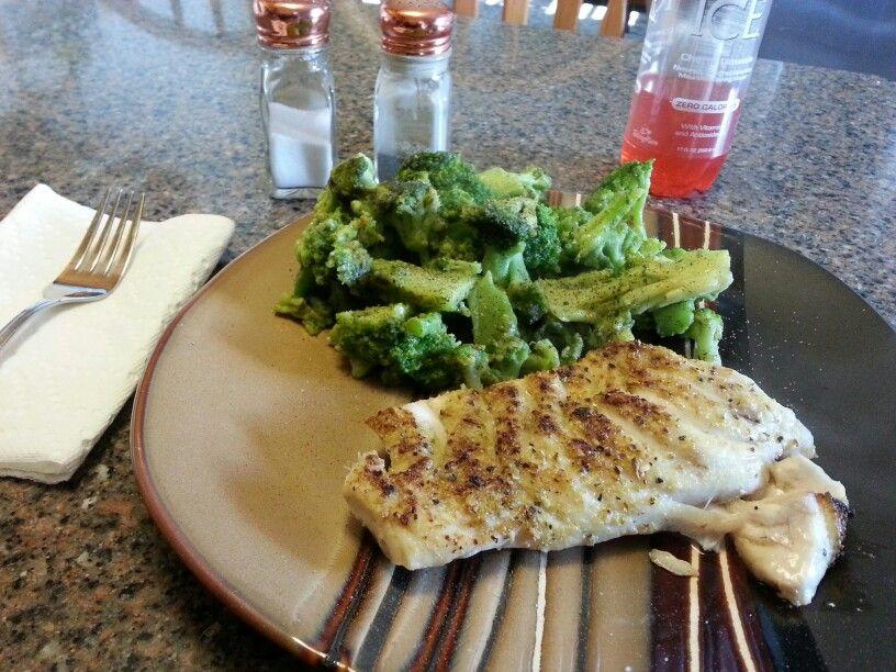 Tile fish....with EVOO and Mrs. Dash garlic/herb seasoning.  Broiled.  #ChucksCatch