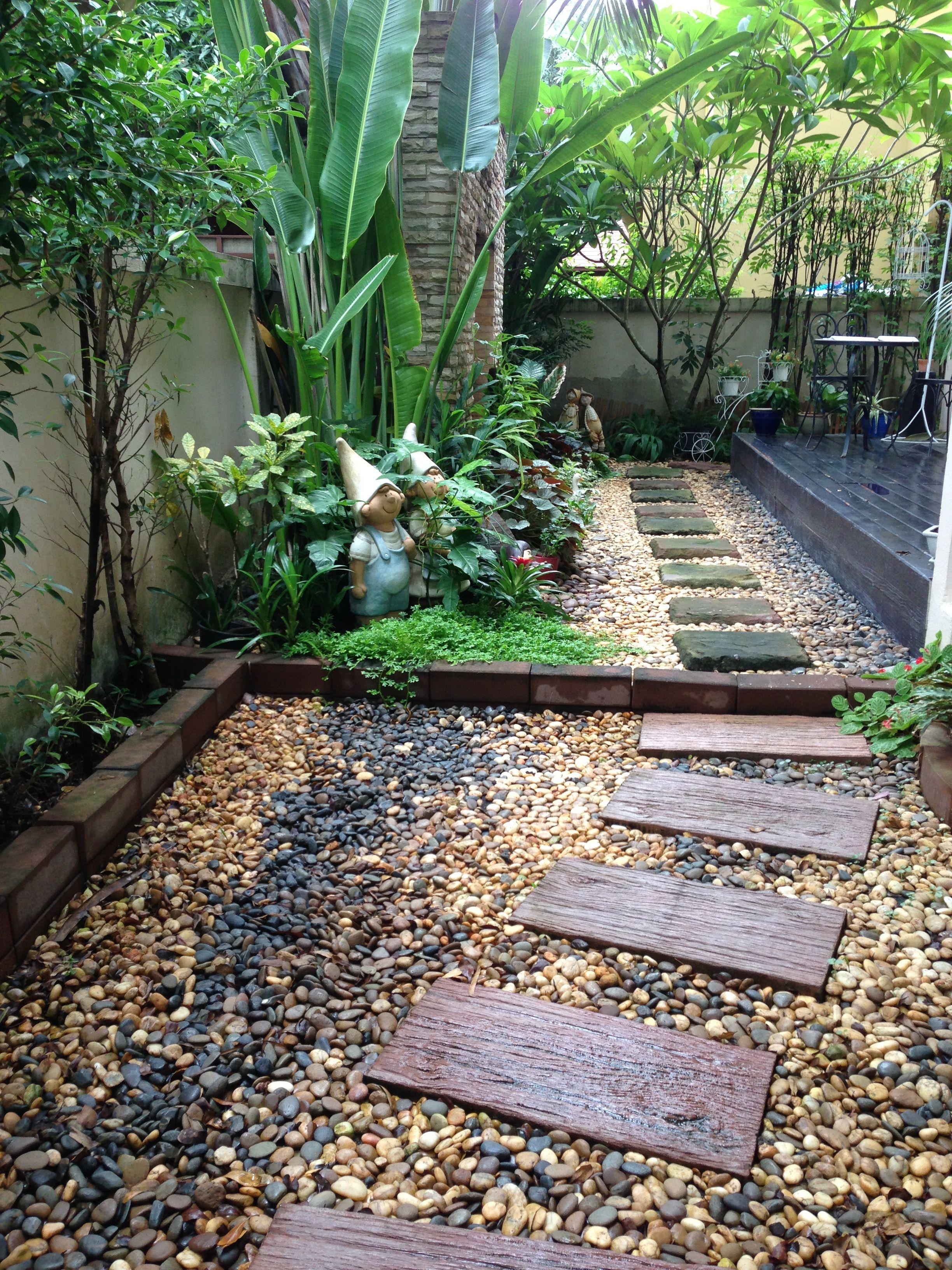 Tropical garden | Garden | Pinterest | Tropical garden, Gardens and ...